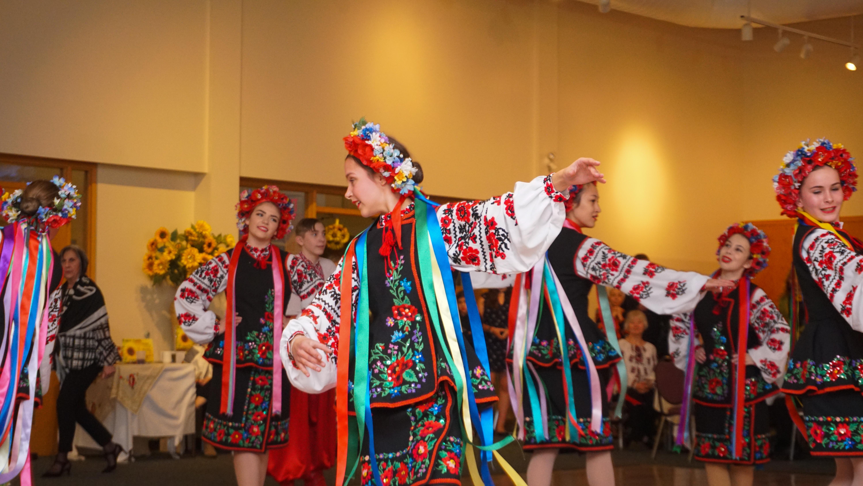 Barvinok Ukrainian Dance